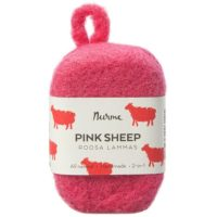 pink-sheep-felted-soap-nurme