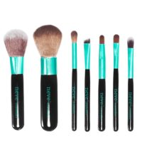 nevecosmetics-set-pennelli-basic-aqua2